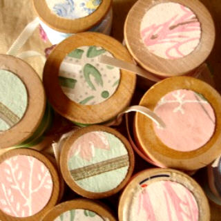Pastel spools
