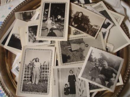 Tray of black & white