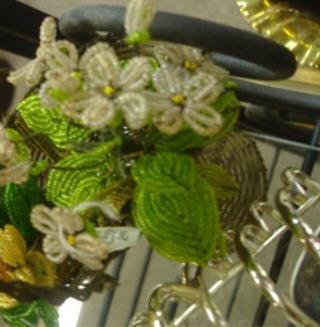 Mall beaded flowers
