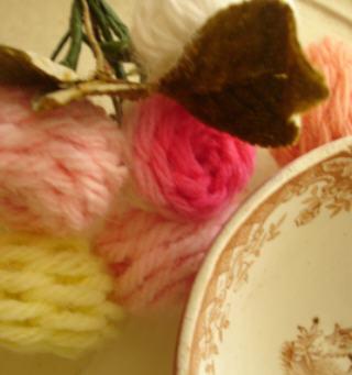 Yarn flowers cu