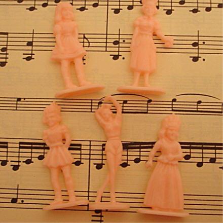Pink plastic3