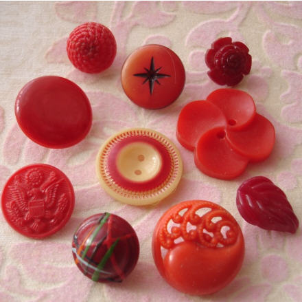 Red buttons2