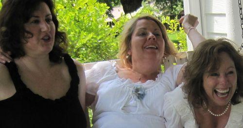 Suzanne carol karla 2