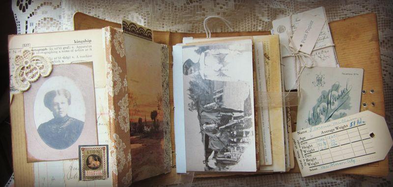 Fold out postcard journal
