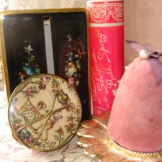Vanity_items