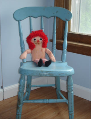 Blue_chair_doll