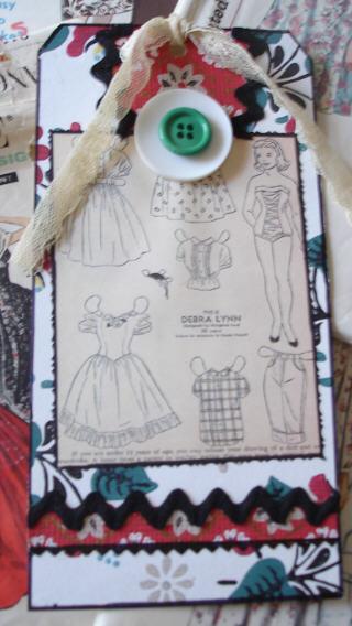 White_doll_dress_tag