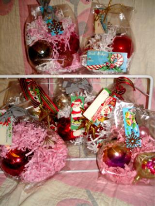 Bagged_ornaments_2