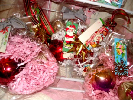 Bagged_ornaments_cu