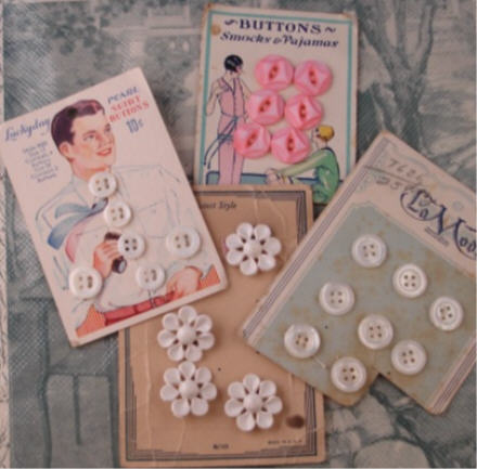 Buttons_on_cards