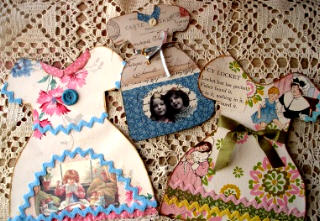 Paper_doll_dresses